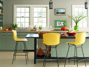 Choosing Gray Paint Colors for Your Kitchen
