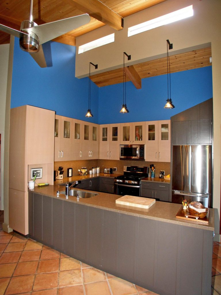 Choosing Paint Colors for Your Kitchen