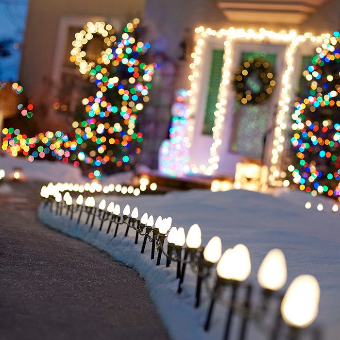 Our Top 10 Ideas for Holiday Light Displays | GNH Lumber
