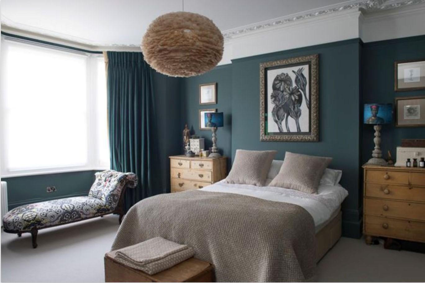 5-Creative-Ways-to-Paint-Your-Bedroom-DEEP