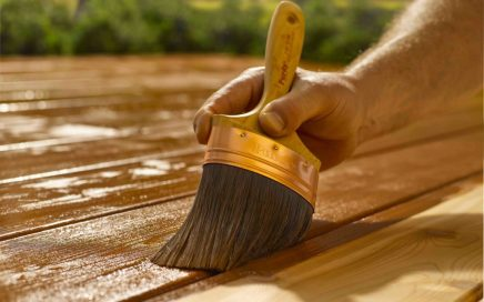 How to Choose and Apply Deck Stain